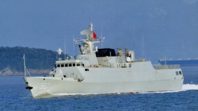 Tàu hộ vệ hạng nhẹ Trung Quốc được sản xuất với tốc độ rất nhanh, phục vụ cho triển khai các hành động quân sự ở các vùng biển như biển Hoa Đông, Biển Đông. Ảnh: Sina