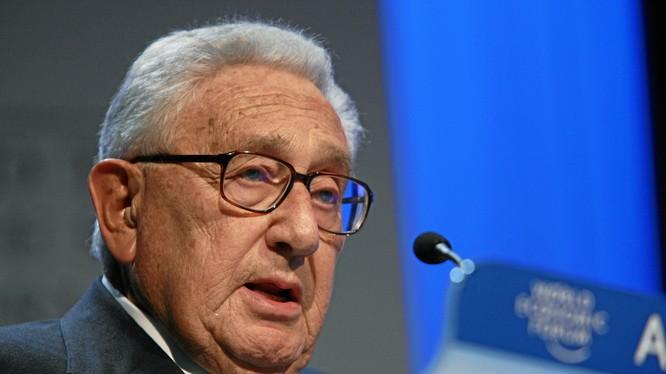 Ông Henry Kissinger.