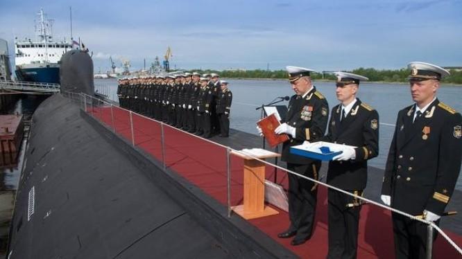 Hải quân Nga biên chế tàu ngầm hạt nhân chiến lược lớp Borey. Ảnh: Sputnik