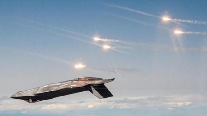 Máy bay chiến đấu tàng hình F-35 thử nghiệm pháo sáng. Ảnh: Cankao