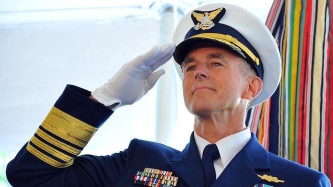 Paul Zukunft, Tư lệnh Lực lượng bảo vệ bờ biển Mỹ (ảnh tư liệu)