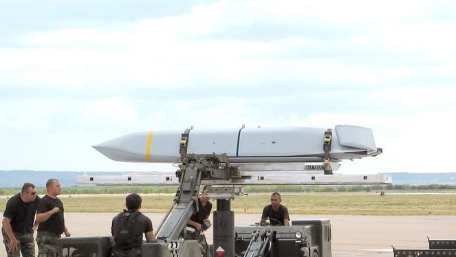 Tên lửa AGM-158 JASSM-ER Mỹ (ảnh tư liệu)