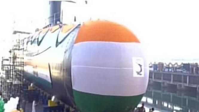 Tàu ngầm INS Khanderi lớp Scorpene hạ thủy ngày 12 tháng 1 năm 2017. Ảnh: Cankao