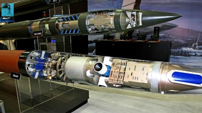Tên lửa của hệ thống THAAD.