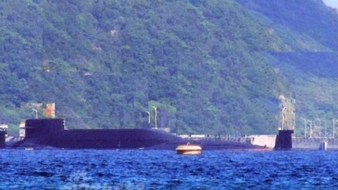 Tàu ngầm hạt nhân chiến lược Type 094A Hải quân Trung Quốc. Ảnh: Sina