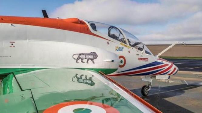 Máy bay huấn luyện cao cấp Hawk do Anh và Ấn Độ hợp tác nghiên cứu phát triển. Ảnh: Sina