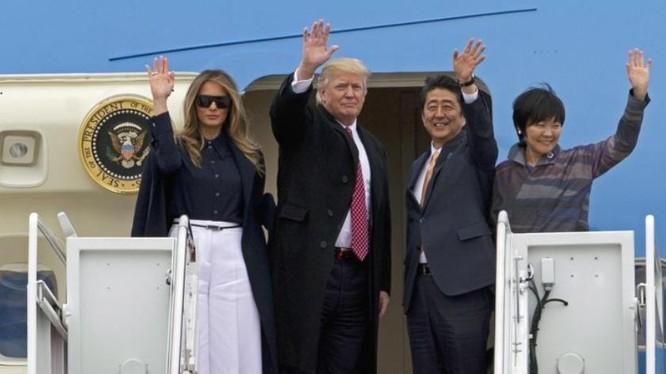 Vừa qua, Thủ tướng Nhật Bản Shinzo Abe đến thăm Mỹ, được Mỹ cam kết mạnh mẽ trong việc bảo đảm an ninh của Nhật Bản. Ảnh: Washington Times
