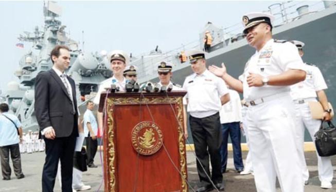 Tàu tuần dương Varyag Hạm đội Thái Bình Dương Nga thăm Philippines. Ảnh: Chinanews