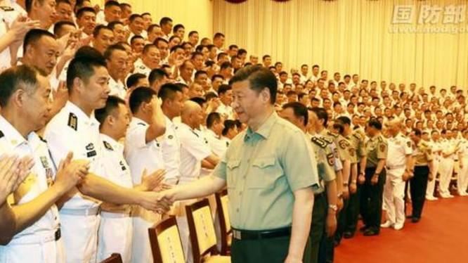 Chủ tịch Tập Cận Bình dự Đại hội đảng bộ Hải Quân