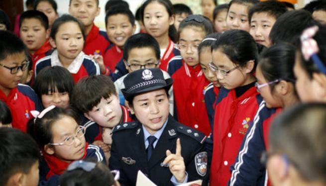 """Một trong những hoạt động """"Ngày giáo dục an ninh quốc gia toàn dân"""""""