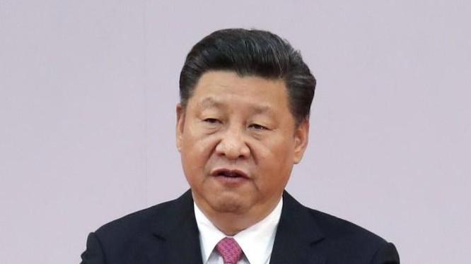 """Chủ tịch Trung Quốc Tập Cận Bình thể hiện thái độ cứng rắn với các hoạt động đòi """"độc lập"""" ở Hồng Kông. Ảnh: Storm"""