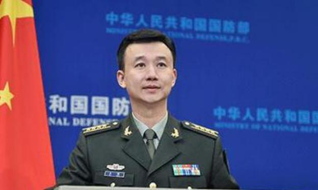Đại tá Ngô Khiêm, phát ngôn viên Bộ Quốc phòng Trung Quốc. Ảnh: Sina