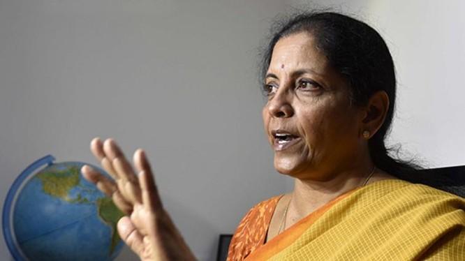 Nữ Bộ trưởng Quốc phòng đầu tiên của Ấn Độ, bà Nirmala Sitharaman. Ảnh: Takungpao.