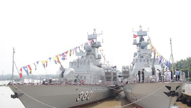 Ngày 9/10/2017, Hải quân Việt Nam biên chế thêm 2 tàu tên lửa lớp Molniya. Ảnh: Sohu.
