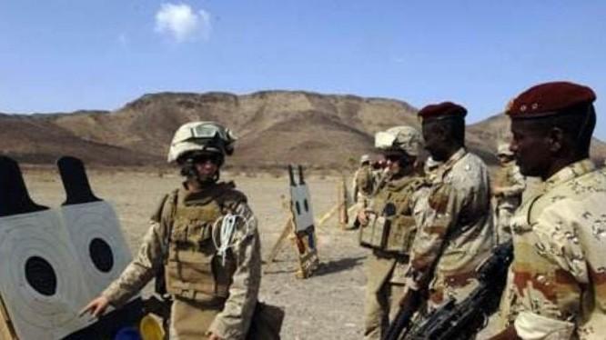Quân đội Mỹ tiến hành huấn luyện quân sự cho quân đội các nước châu Phi. Ảnh: Cankao.