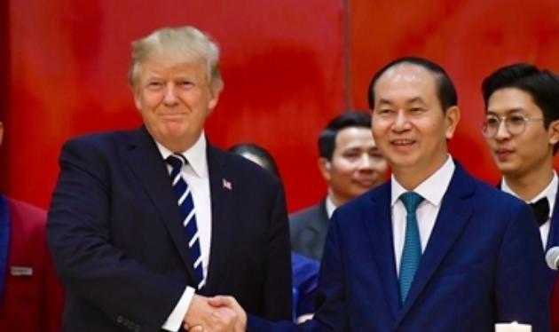 Tổng thống Mỹ Donald Trump và Chủ tịch nước Trần Đại Quang tại tiệc chiêu đãi tối ngày 11/11/2017.