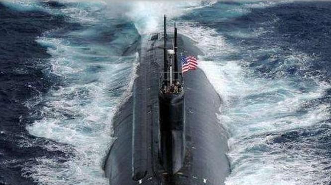 Tàu ngầm hạt nhân tấn công Connecticut SSN-22 lớp Seawolf của hải quân Mỹ. Ảnh: Sina.
