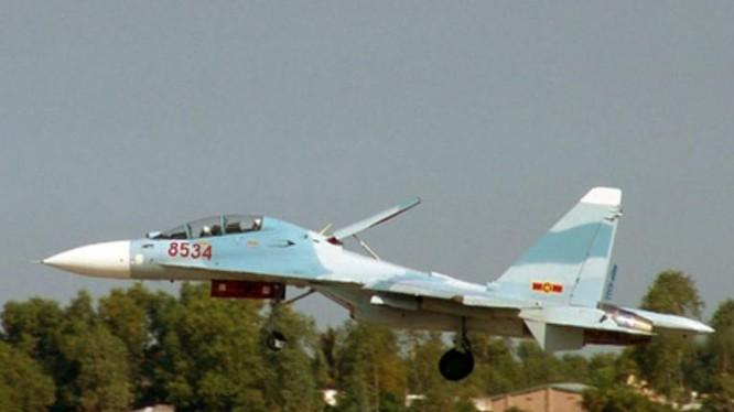 Máy bay chiến đấu đa dụng Su-30MK2V của không quân Việt Nam. Ảnh: Chinanews.