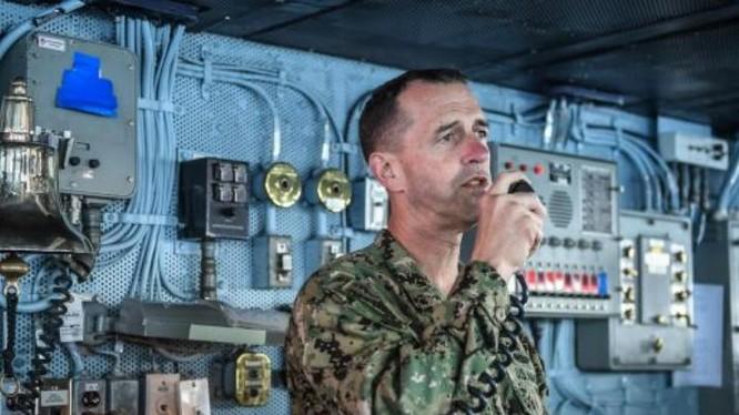 Đô đốc John Richardson, Tham mưu trưởng hải quân Mỹ. Ảnh: Cankao.
