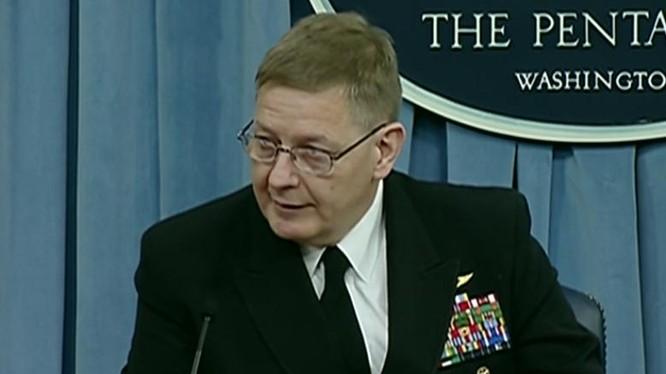 Phó Trợ lý Bộ trưởng phụ trách ngân sách hải quân Mỹ Brian Luthor. Ảnh: Defense.gov.