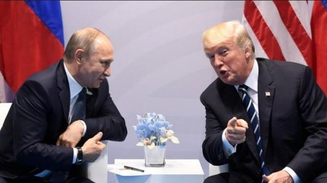 Tổng thống Nga Vladimir Putin và Tổng thống Mỹ Donald Trump. Ảnh: Breitbart.