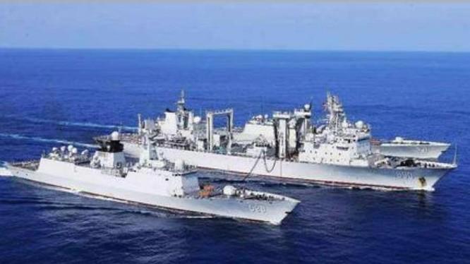 Biên đội tàu chiến hải quân Trung Quốc tiến hành diễn tập trên Ấn Độ Dương. Ảnh: Sina.