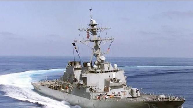 Tàu khu trục tên lửa USS Higgins DDG-76 của hải quân Mỹ. Ảnh: Sina.