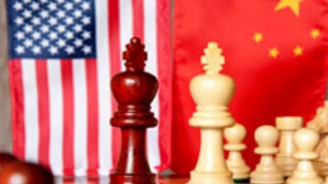Mỹ đang tập trung gây sức ép to lớn cho Trung Quốc về kinh tế thương mại. Ảnh: FTchinese.