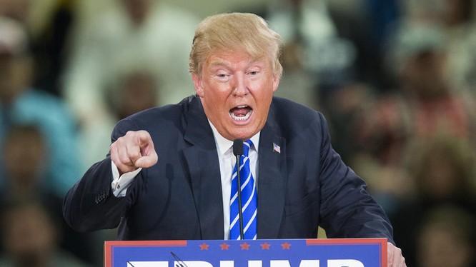 Ngày càng nhiều quan chức cấp cao Đảng Cộng Hòa rút lại sự ủng hộ và kêu gọi ông Trump từ chức sau hàng loạt vụ bê bối
