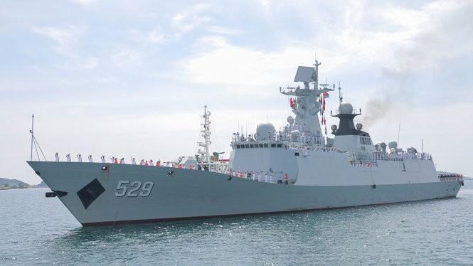 Chiến hạm Trung Quốc lần đầu tiên ghé cảng Cam Ranh
