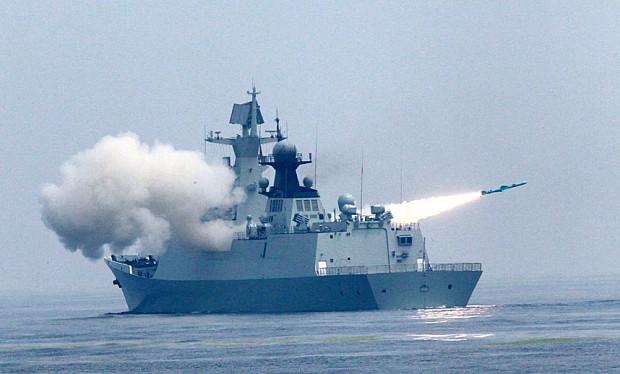 Chiến hạm Trung Quốc khai hỏa trong cuộc tập trận trên biển