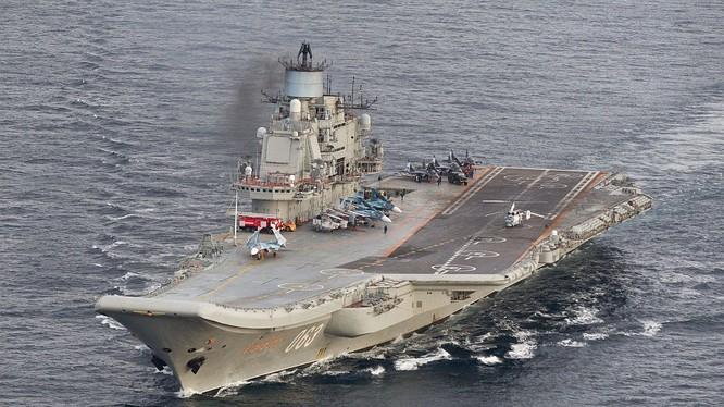 Tàu sân bay Đô đốc Kuznetsov và nhiều chiến hạm Nga khác thuộc hai hạm đội đang hướng về Syria