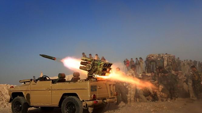Hỏa lực quân đội Iraq công phá Mosul