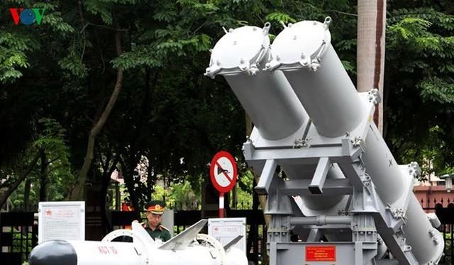 Tên lửa chống hạm KCT15 do Việt Nam tự chế tạo theo giấy phép của Nga