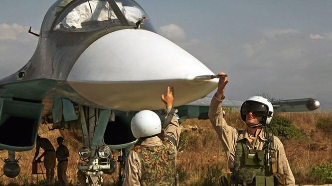 Phi công Nga tham chiến chống khủng bố tại Syria