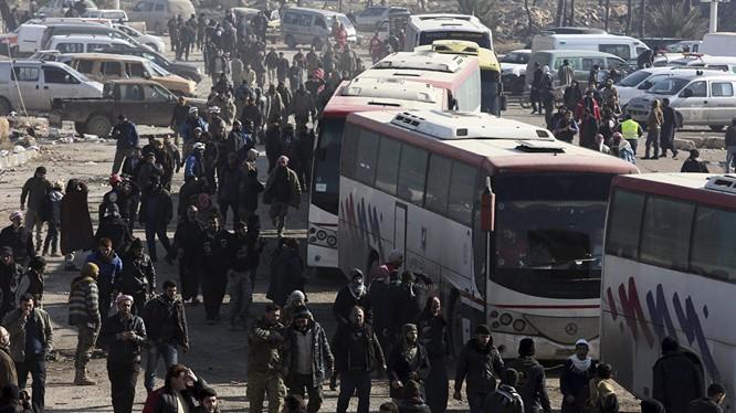 Phiến quân sơ tán khỏi chiến địa Aleppo