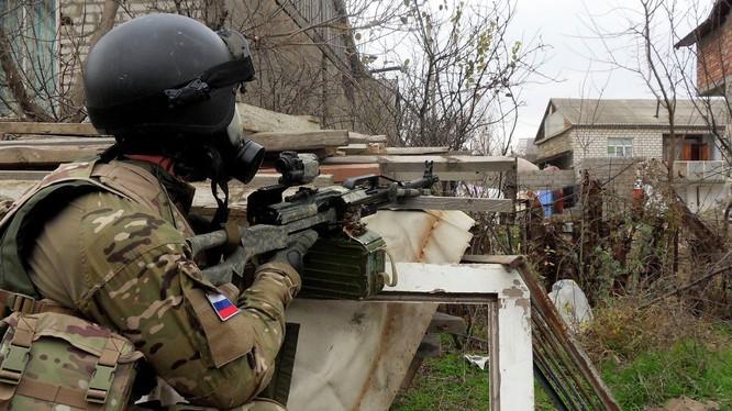 Binh sĩ đặc nhiệm Nga trong một chiến dịch chống khủng bố