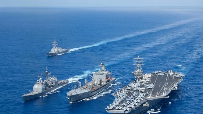 Tổng thống Donald Trump quyết tâm tăng cường sức mạnh của hạm đội hải quân Mỹ để duy trì sự thống trị đại dương