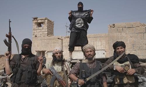 Lực lượng khủng bố IS đang bị tấn công trên khắp các mặt trận