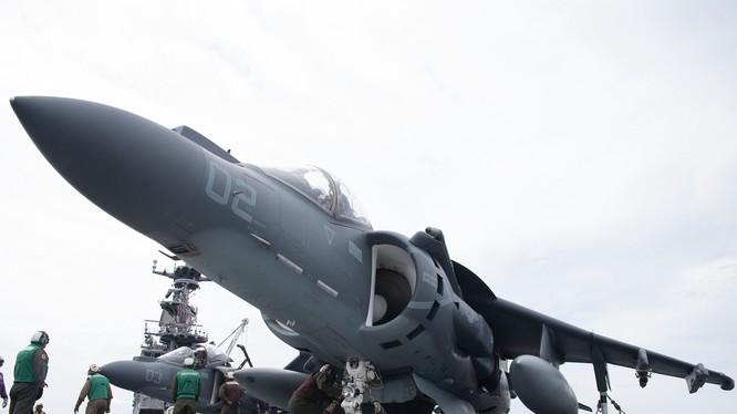 Chiến đấu cơ trên tàu sân bay Mỹ