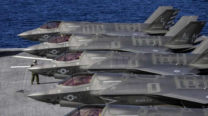 Mỹ đã điều phi đoàn chiến đấu cơ F-35 tàng hình đầu tiên tới Nhật Bản