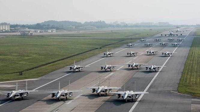 Hàng chục chiến đấu cơ F-15 của Mỹ tại Nhật Bản bất ngờ tập trận trong bối cảnh căng thẳng trên bán đảo Triều Tiên