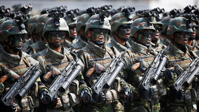 Đặc nhiệm Triều Tiên được trang bị rất tốt và cực kỳ tinh nhuệ
