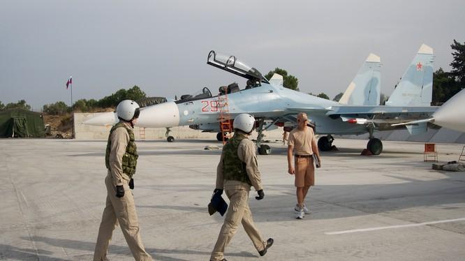 Chiến đấu cơ Su-30SM Nga tham gia chiến dịch quân sự tại Syria
