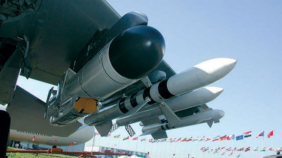 Kh-35UE treo dưới cánh máy bay