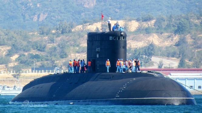 Tàu ngầm Kilo của lực lượng hải quân Việt Nam