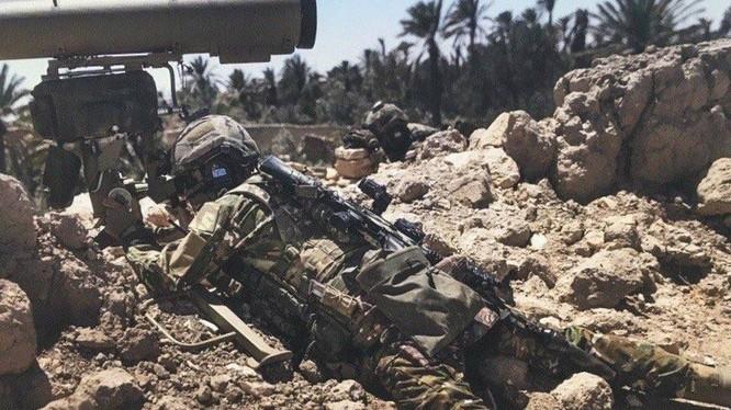 Đặc nhiệm Nga chiến đấu trong chiến dịch tái chiếm thành cổ Palmyra, Syria
