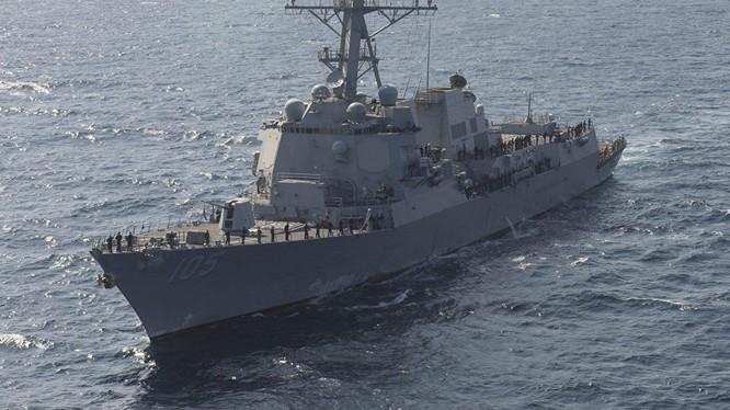 Chiến hạm Mỹ đã lần đầu tiên thực hiện tuần tra tự do hàng hải ở Biển Đông dưới thời tổng thống Donald Trump