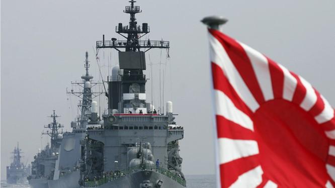 Các chiến hạm hải quân Nhật Bản được trang bị rất mạnh