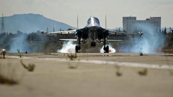 Cường kích Su-34 Nga tham gia chiến dịch quân sự tại Syria